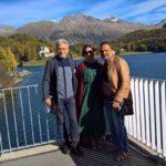 Coppia felice in visita guidata a Sankt Moritz