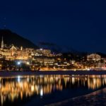 Vista notturna di Sankt Moritz